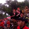 Jokowi dan Basuki Berkereta Kencana (Foto)