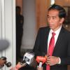 """Jokowi-Gubernur BI Bahas Penerapan """"Non-Cash Transaction"""""""