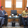 Video Menerima Para Duta Besar ASEAN