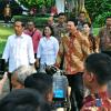 Basuki dan DPRD Antar Jokowi ke Istana